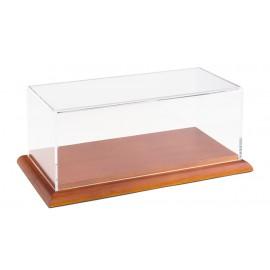 Dėžutė 1:18 modeliui mediniu pagrindu