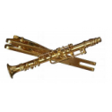 Brooch with clarinet