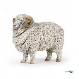 Merinosų avino figūrėlė