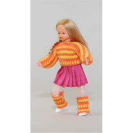 Mergaitė su šortukais