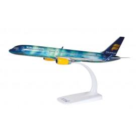 """Boeing 757-200 Icelandair """"Hekla Aurora"""""""
