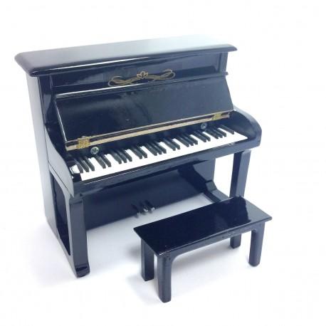 Pianinas su kėdute